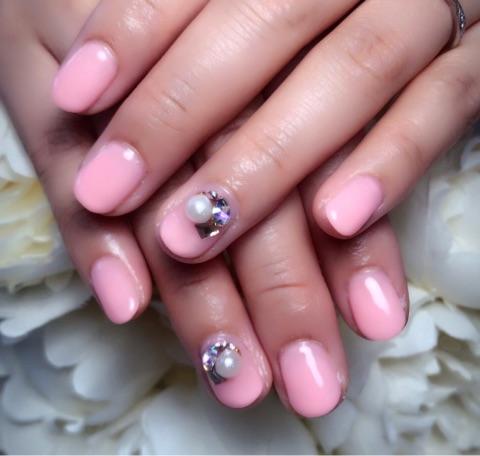 春ピンク×パールビジュー~芦屋ネイル・マツエクサロン