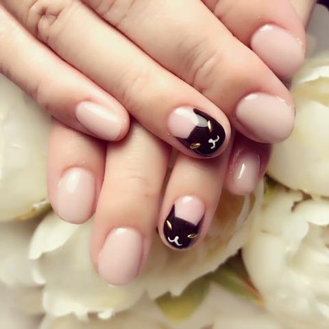 黒猫×ワンカラーネイル~芦屋ネイル・マツエクサロン